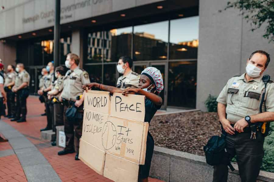 Abolish the Police . ..